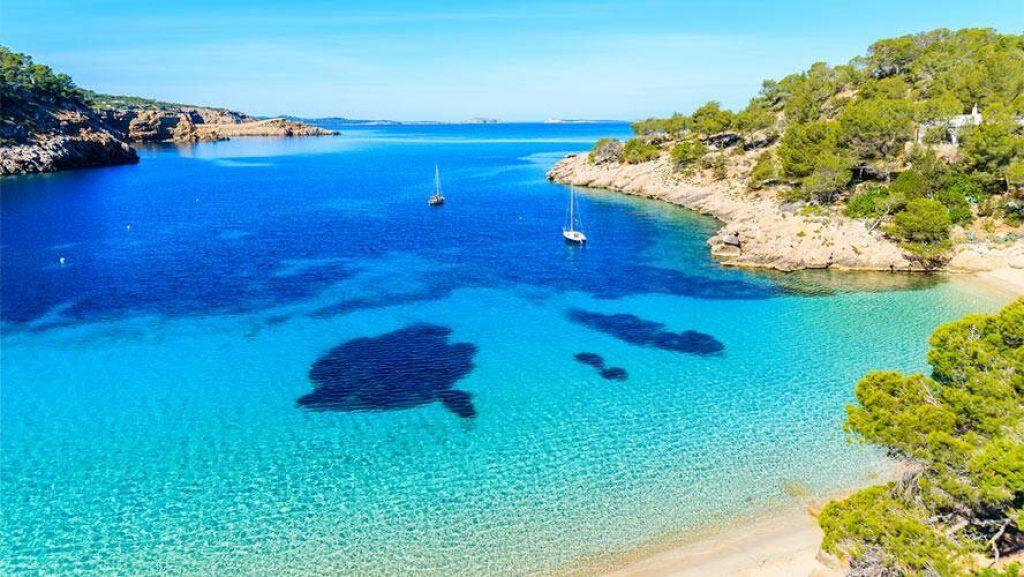 5 lugares para disfrutar en Ibiza